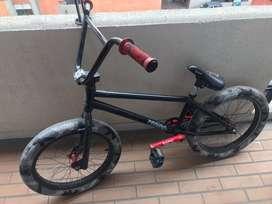 Vendo Bicicleta BMX Piraña