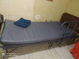 CAMA DE HOSPITAL ELECTRICA   PERFECTO ESTADO   GUAYAQUIL