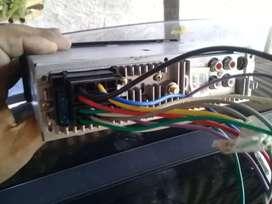 Vendo stereo dispone de usb y otros accesorios