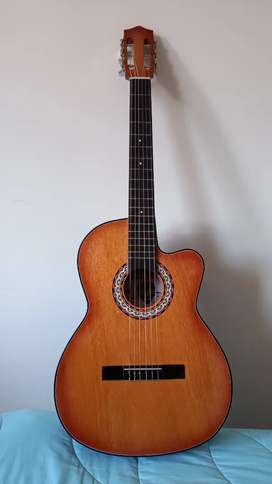 Se vende guitarra - 15 días de uso