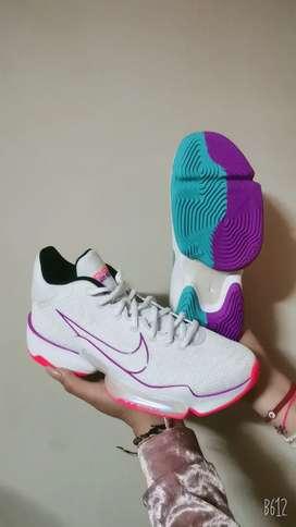 Zapatillas para dama nuevas