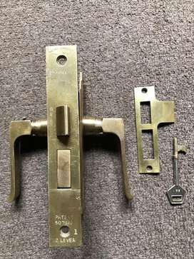 Cerraduras de Embutir Bronce Antiguas
