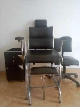 Silla para uñas con silla auxiliar y cajón 150 negociables