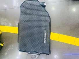 Chevrolet Trailblazer, moqueta corte original. 3 piezas. Caucho