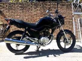 Se vende moto Honda 150 impecable!!
