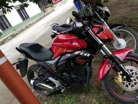 Se vende moto gixxer 155