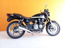 Kawasaki zr 550 cc