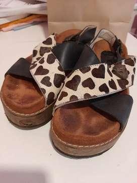 Sandalias de cuero número 38