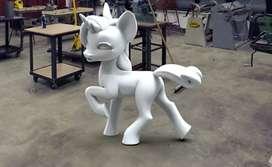 Unicornio tallado en icopor