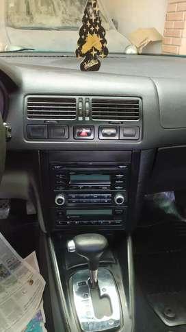 Volkswagen Bora 2013 2.0