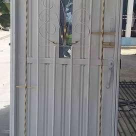 Vendo hermosas puertas ,rejas ,ventanas y enrejados somos fabricantes