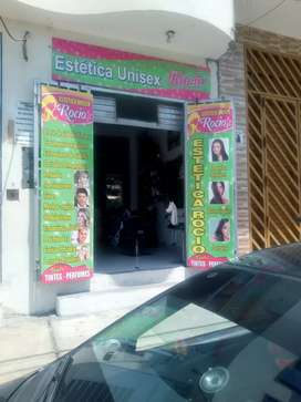 Se requiere de estilista con esperiencia en corte de pelo de hombre y de mujer y tintes