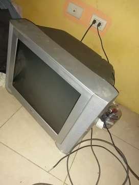 TV usado 21 pulgadas LG
