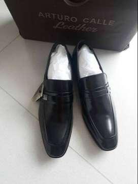 Zapatos formales Arturo Calle