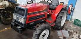 Mini tractor agricola 26 HP 4x4 Japones marca YANMAR