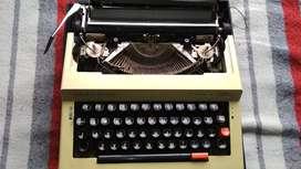 Antigua Máquina De Escribir Silver Reed Oferta 1971
