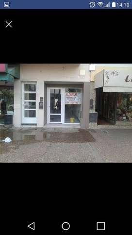Dueño vende Local área peatonal en Gral Pico (L.P.)