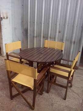 Mesas de maderas y sillas directorio