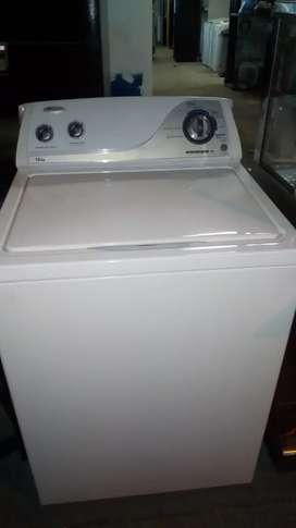 Lavadora Whirlpool con 4 meses de garantía