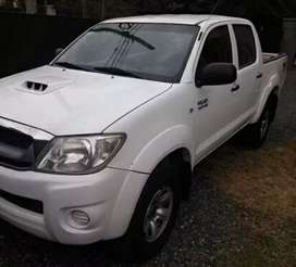 Toyota Hilux 2014  4x4 SRV turbo