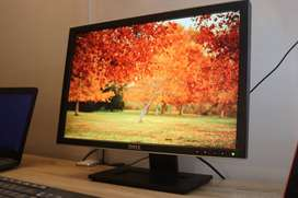 Monitor DELL 22 Pulgadas, Perfecto estado estético y funcional.