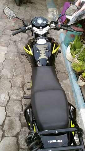 moto tundra en perfecto estado **i motoneta marca tekno 2008