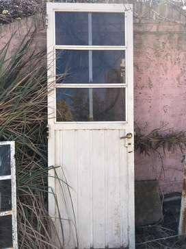 Puerta chapa usada