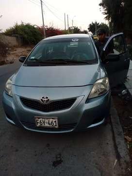 Vendo auto yaris 2009