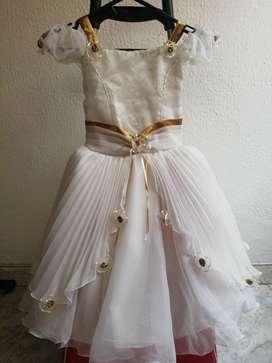 Vestido Bautizo niña, de 3-5 años