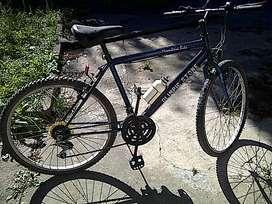 bicicleta mountain bike rodado 26 con 18 cambios