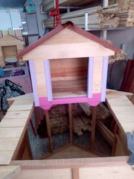 Casas de perro en madera pequeñas