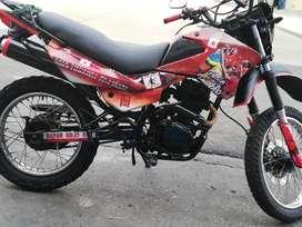 Vendo moto thunder 200cc