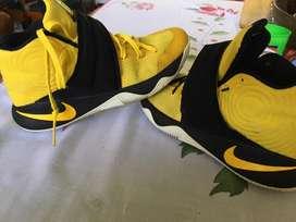 Zapatos kyrie irving 2.0