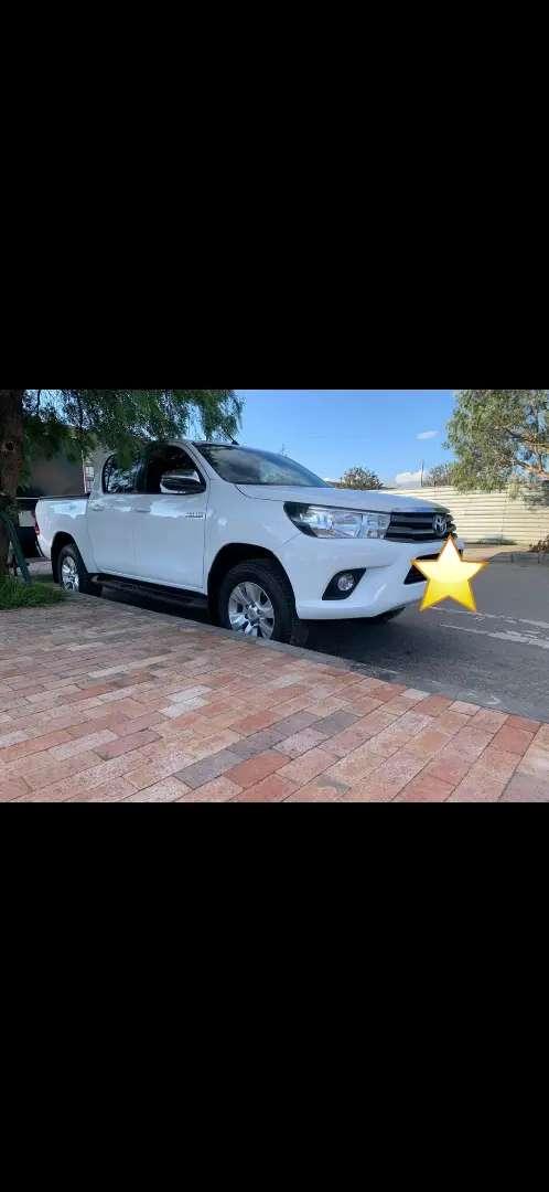 Vendo Toyota Hilux 2018
