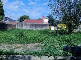 Terreno En Villa Chica Sobre Pavimento