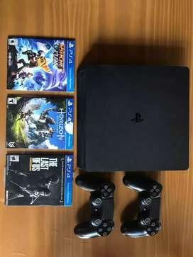 PS4 Slim 500 GB + 2 JOYSTICKS + juegos