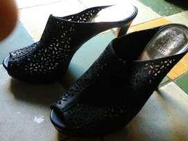 Vendo Hermosas Sandalias 40