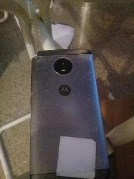 Motorola e4 plus vendo