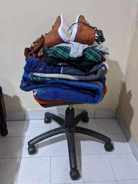 Regalo ropa y frazadas