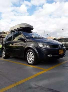 Vendo o cambio Renault Scenic ll ( Soat nuevo - Batería nueva)