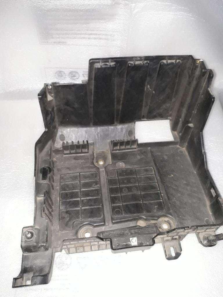 Caja de Bateria Renault Megane 2 Tarj 0