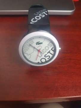 Reloj marca Lacoste