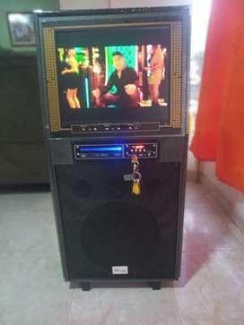 Cabina de sonido con pantalla