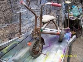 triciclo antiguo para restaurar