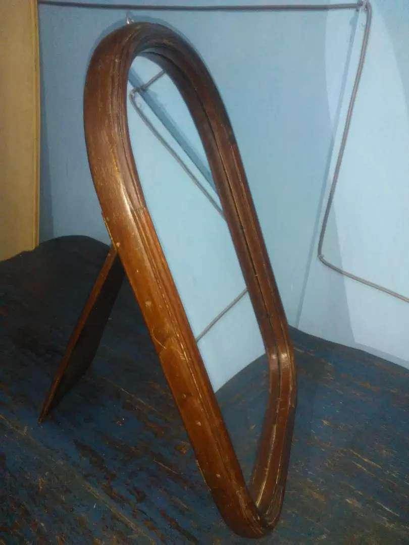 Espejo antiguo de mesa 0