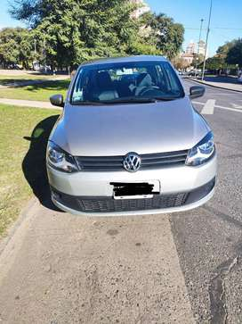 Volkswagen Fox 2011 Conforline 69300km. Excelente estado.