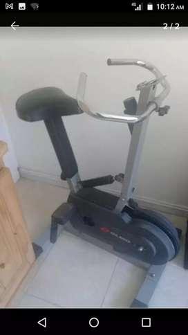 Bicicleta fija Olmo fitness 24