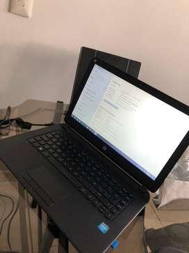 Portatil,procesador intel Ram de 4gb, bateria funcionando