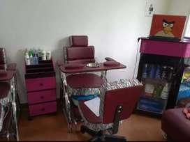 Muebles peluquería manicure y pedicure