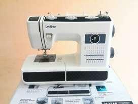 Maquina de coser brother ST371HD NUEVA